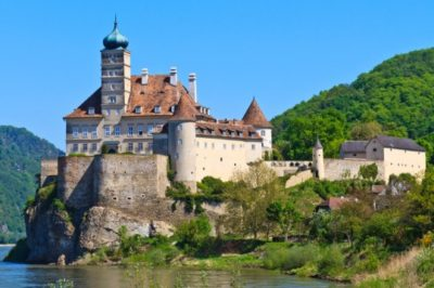 schonbuhel-castle