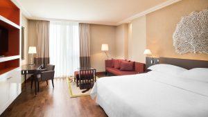 Sheraton-Bratislava-Hotel_Deluxe-Room